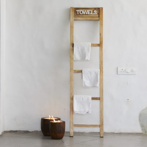Natural Towels Ladder