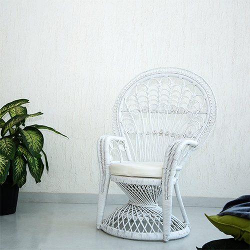 RATTAN PEACOCK CHAIR -WHITE